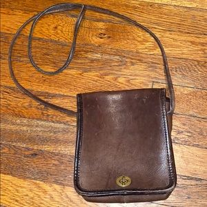 Coach leatherware brown leather vintage purse USA